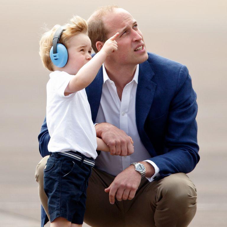 Принц Уильям с сыном на Международном авиационном показе боевой авиационной техники